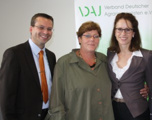 Der neue Vorstand (v.l.nr.): Klaus Strotmann, Ingrid Gertz-Rotermund, Prof. Dr. Katharina Seuser Foto: A. Bahrenberg